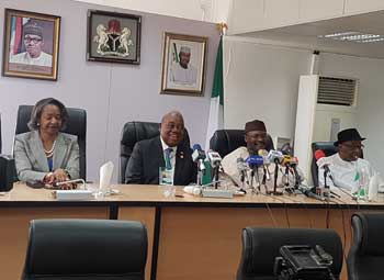 2019 Nigerian General Elections: EISA EOM and other heads of EOMs hold a joint press conference to issue a joint statement