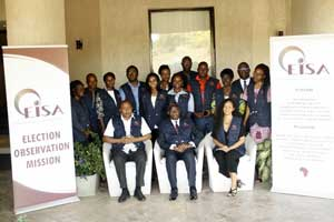 Group photograph of the EISA observers of the 2018 Sierra Leone at the conclusion of their briefing sessions.