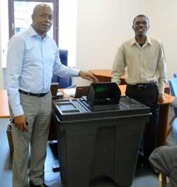 EISA Director Denis Kadima and Head of Special Programmes Robert Grange demonstrate electronic voting